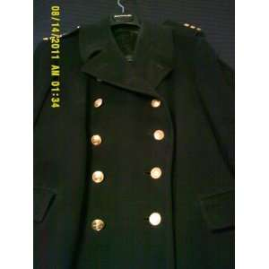 World War Two Canadian Naval Commanders overcoat (original issue)Size