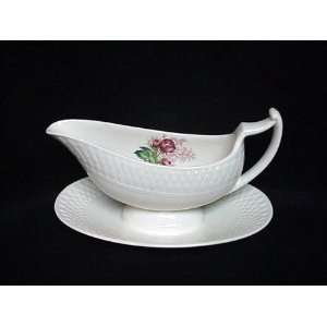 SPODE GRAVY W/ATTACHED LADY ANNE UNDERPLATE