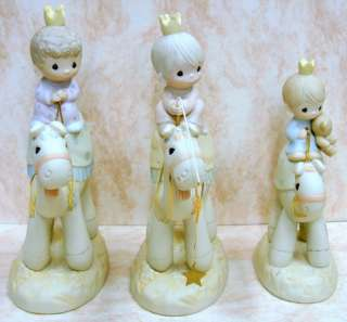 PRECIOUS MOMENTS Nativity Crown Him King of King 118264