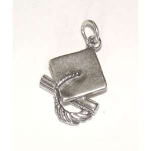 SOLID .925 STERLING SILVER GRADUATION CAP CHARM