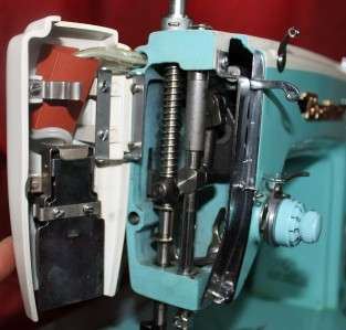 BROTHER DELUXE MODEL HEAVY DUTY INDUSTRIAL SEWING MACHINE LEATHER