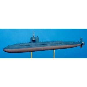 USS Simon Bolivar SSBN641 Ballistic Missle Submarine Kit: Toys & Games