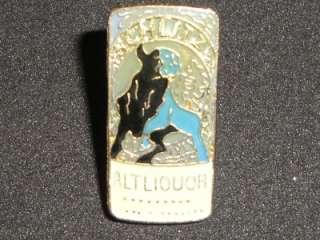 Schlitz Malt Liquor Beer Can Hat Pin Enamel Metal Bull