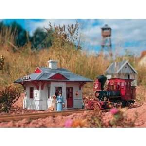 RED RIVER STATION   PIKO G SCALE MODEL TRAIN BUILDING