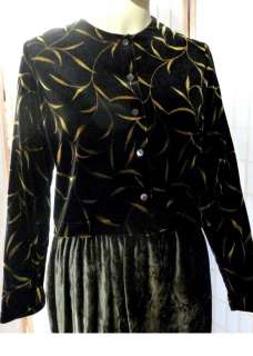 Ronni Nicole by Ouida Black w/ Gold Leaf Print Stretch Velvet Jacket