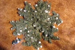 Snowflake Artifical Evergreen Material Lighted Door Decoration 21
