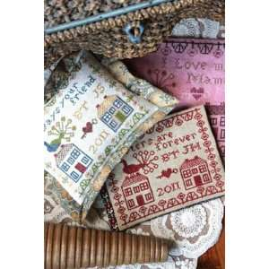 Friendship Pin Pillow & Needlebook   Cross Stitch Pattern