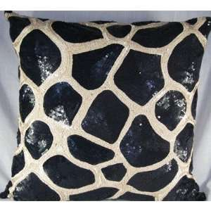 Design Accents SAF GIRAFFE C All Over Sequin Design Giraffe Pillow in