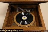 Wind Up Antique 1915 Oak Phonograph Record Player