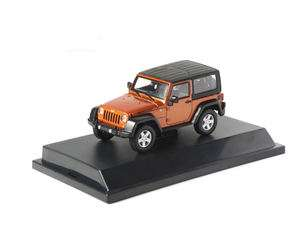 2012 JEEP WRANGLER RUBICON CRUSH ORANGE WITH CASE 1/43 BY GREENLIGHT