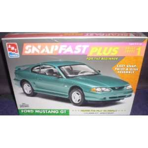#6784 AMT/Ertl Snap Fast Plus Ford Mustang GT 1/25 Scale