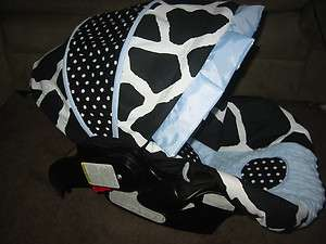 Graco Snugride Infant Car Seat Cover Black White Giraffe and Blue