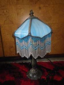 TIFFANY STYLE HANGING BEAD STAINED GLASS SM TABLE LAMP