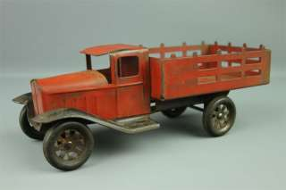 1931 Wyandotte Toys Pressed Steel Stake Truck #325