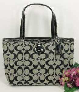 NWT Auth Coach Signature Black & White Top Handle Small Tote 44610