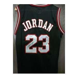 Signed Jordan, Michael (Chicago Bulls) Authentic Chicago Bulls Jersey