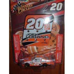 Joey Logano #20 Home Depot Toyota Camry 1/64 Scale with