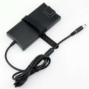 /GENUINE Inspiron 1318 Slim Line Laptop AC Adapter Charger  DELL